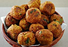 Shweta in the Kitchen: Lauki Kofta Curry - Ghiya Kofta Curry - Bottle Gourd Dumplings Curry Pureed Food Recipes, Greek Recipes, Vegetable Recipes, Vegetarian Recipes, Cooking Recipes, Lauki Kofta, Greek Appetizers, Vegan Patties, Meatless Burgers
