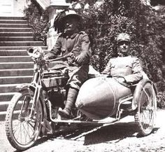 Officer and his Bersagliere driver on sidecar.