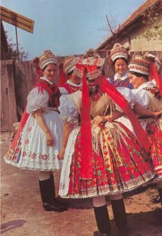 Women wearing their costumes in Kazár, Nógrád County, Hungary Folklore, Costumes Around The World, Art Populaire, Hungarian Embroidery, Folk Dance, Ethnic Dress, Folk Costume, Costume Dress, Vintage Couture