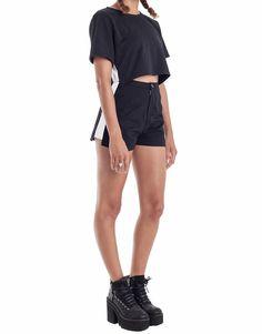 Nemis Black Panel Shorts Korean Streetwear, Cotton Twill Fabric, White Tops, Urban Fashion, Fashion Online, Casual Shorts, Street Wear, Women Wear, Model