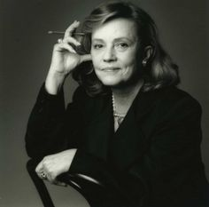 Jeanne Moreau (1928) - French actress, singer, screenwriter and director.   Photo Jean-Loup Sieff, 1984