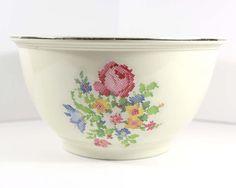 "Vintage Kitchen Kraft Large Mixing Bowl  Petit by AsIRecollect 10.5"" x 6"""