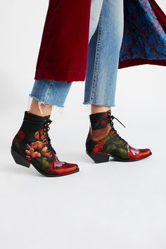 Shop our Grove Lace-Up Western Boot at Free People.com. Share style pics with FP Me, and read & post reviews. Free shipping worldwide - see site for details.