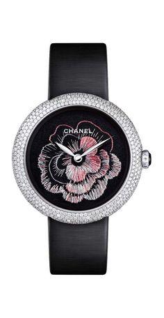 Chanel, broderie atelier Lesage Horlogerie, Atelier, Boucles D oreilles  Chanel, Dire 8b374e2bc32