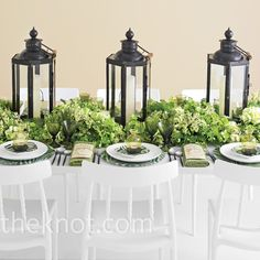 The Inspiration: Diane von Furstenberg The Event Designer: Lyndsey Hamilton Events Tropic Table Dressing strictly in solids is boring, so...