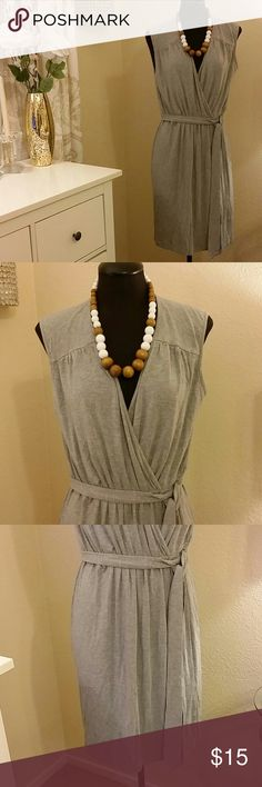 Stretchy comfy Gray midi dress Super comfy Jersey midi dress with wrap front bust, and straight skirt. Belt Ties around the waist. Perfect for running errands with a flat sandal, necklace not included. Philosophy Dresses Midi