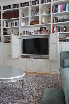 TV Cabinet with Old White