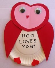 Hoo Loves You craft made with hearts and a paper plate.. soo cute!