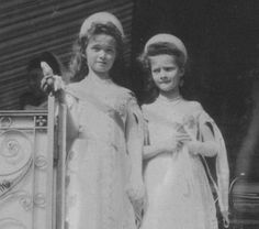 Olga & Tatiana