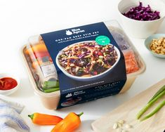 Is Blue Apron Really Worth It? | The Meals, The Price & Our Verdict: Meal delivery kits have been advertised a lot lately. You may have seen ads for Blue Apron, Plated, and HelloFresh touting these kits as healthy alternatives to your usual dinner.  Since dinner can be a massive production in Frugal Recipes, Fast Recipes, Frugal Meals, Budget Meals, Whole Food Recipes, Blue Apron, Looks Yummy, Healthy Alternatives, Food Storage