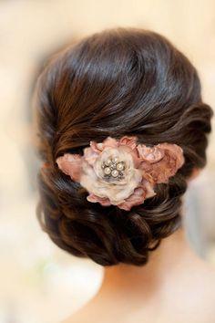 Attache cheveux de la boutique Bouquetdemariee sur Etsy