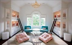Pretty sure that Mayfield was modeled after this dorm room @Allison Harper hahahah!