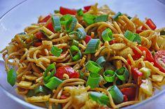 Zutaten 500 g Spaghetti 8 EL Sojasauce 8 EL Zucker 8 EL Öl 8 EL Zitronensaft 3 EL Currypulver 1 Bund Frühlingszwiebel(n) ...