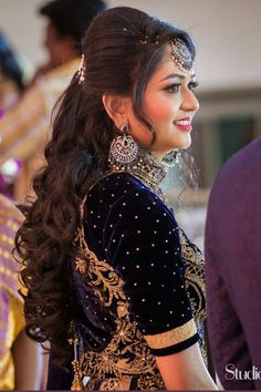 12 Pretty Hairstyles for women, Specially for Weddings . Lehenga Hairstyles, Hairstyles For Gowns, Open Hairstyles, Bride Hairstyles, Indian Hairstyles For Saree, Simple Hairstyle For Saree, Pretty Hairstyles, Bridal Hairstyle Indian Wedding, Bridal Hair Buns