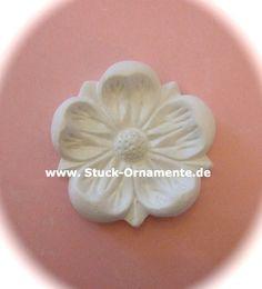 Wandtattoo - Echter Stuck - Stuck Ornament - Margerite - ein Designerstück von RC-Stilmoebel bei DaWanda