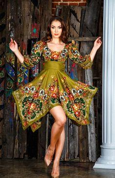 lindo y natural Colorful Fashion, Boho Fashion, Fashion Dresses, Womens Fashion, Pretty Outfits, Stylish Outfits, Mode Russe, Fashion Design Sketches, Russian Fashion