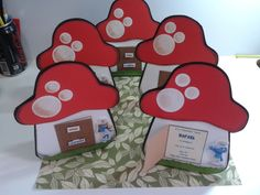 Smurfs party invitations by MM Artes & Afins