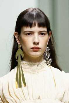 Love the huge statement earrings. Going to make with left over leather. Stay tuned to Threadhead TV. ~J.W. Anderson