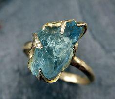 Crudo fidanzamento Uncut acquamarina anello Solid 14k Gold Ring nozze ruvida gemma anello istruzione anello accatastamento anello Anello Cocktail byAngeline