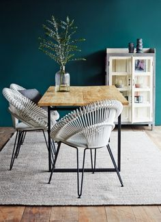 Atelier N/7 by Vincent Sheppard   Curly dining chairs