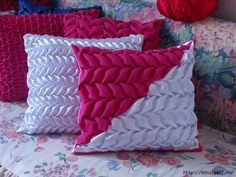 Red and white cushions Handmade Cushions, Diy Pillows, Throw Pillows, Floral Embroidery Patterns, Smocking Patterns, Fabric Manipulation Techniques, Canadian Smocking, Smocking Tutorial, Chair Cushion Covers