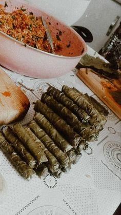 Mood Instagram, Story Instagram, Sparkly Louboutins, Snap Food, Food Snapchat, Creative Instagram Stories, Cute Girl Photo, Sausage, Baking