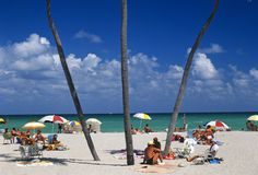 4 strategies for taking on Florida's crazed beach season