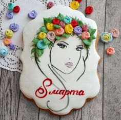 Фото Do this but Frida Kahlo? Mother's Day Cookies, Paint Cookies, Best Sugar Cookies, Iced Cookies, Cute Cookies, Cupcake Cookies, Cupcakes, Cookie Frosting, Royal Icing Cookies