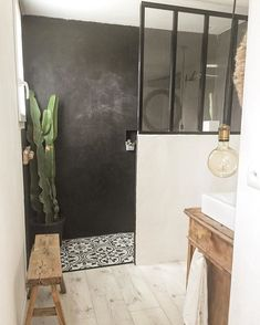 Home Interior Boho .Home Interior Boho Bad Inspiration, Bathroom Inspiration, Suites, Bathroom Interior, Small Bathroom, Mirror Bathroom, Bathroom Ideas, Cheap Home Decor, House Colors