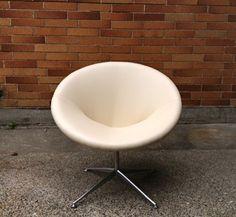 Seattle: Scandanavian mid century modern swivel chair $399 - http://furnishlyst.com/listings/664015