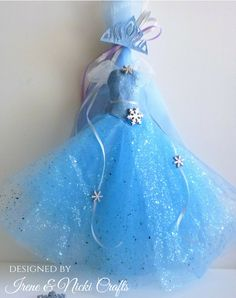 Frozen Paper Mache Dress and Crown by Irene and Nicki Crafts Wood Tags, Candle Box, Easter Dress, Paper Mache, Irene, Note Cards, Coloring Pages, Frozen, Arts And Crafts