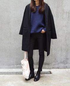 Korean Street Style - Black & Blue with Simple Eco Bag and black leather boots