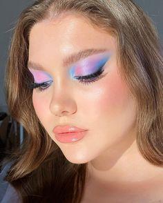 Sultry Makeup, Eye Makeup Art, Kiss Makeup, Makeup Inspo, Makeup Inspiration, Beauty Makeup, Day Makeup Looks, Creative Makeup Looks, Summer Eye Makeup
