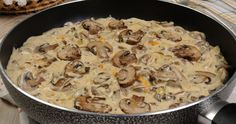There are many puffball mushroom recipes, which can be used to make some delectable options to dish out. This article provides you with a few recipes to try at home. Pasta Sauce Recipes, Meat Recipes, Cooking Recipes, Fried Mushrooms, Stuffed Mushrooms, Creamy Mushrooms, Puffball Mushroom, Healthy Sauces, Mushroom Chicken