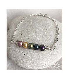 863c1397b Personalized Birthstone Bracelet Pea Pod Mothers Jewelry Grandmother  Jewelry Mom Gift Jewelry for Mom GIft for