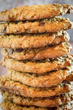 Flourless Oatmeal Cookies With Chocolate Chips • Dishing Delish Flourless Oatmeal Cookies, Banana Oatmeal Cookies, Chocolate Cookie Recipes, Chocolate Chip Cookies, Chocolate Chips, Easter Biscuits, Banana Oat Pancakes, Gluten Free Banana, Peanut Butter Recipes