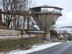 Hotel ein einem alten Bergwerksilo in Herznach, Switzerland
