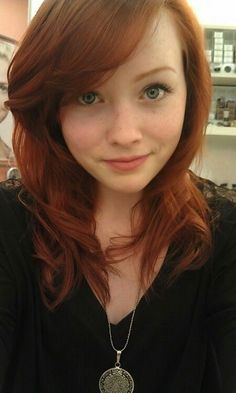 Gorgeous Redheads and other girls I Love Redheads, Redheads Freckles, Hottest Redheads, Beautiful Red Hair, Beautiful Eyes, Red Hair Woman, Girls With Red Hair, Goddess Hairstyles, Gorgeous Redhead