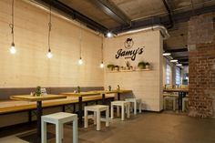 In cooperation with Jamy's Burger's team we reworked an existing store concept and refined the design of their restaurants.