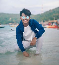 Good vibes happens on the tides.🌹my favourite riyaz 💖 Photo Poses For Boy, Cute Boy Photo, Boy Poses, Mens Poses, Cute Boys Images, Boy Images, Crush Pics, Handsome Celebrities, Swag Boys