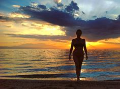 Irakleia Silhouette II  #silhouette #silhouette_solo #silhoutte_creative #model #modelos #woman #mujeres #halkidiki #chalkidiki #calcidica #sun #sol #sunset #puestadesol #beach #see #mar #olimpo #olimpos #instagood #instadaily #instamood #instalike #like4like #Tesalónica #Thessaloniki #θεσσαλονίκη #Greece #Grecia #Ελλάδα