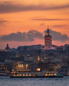 Oh Beautiful Istanbul - Antonia Istanbul City, Istanbul Travel, Wonderful Places, Beautiful Places, Amazing Places, Places To Travel, Places To Go, Night Sky Wallpaper, Oh Beautiful