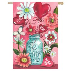 Welcome guests to your home with this lovely Valentine's Day-themed flag, a bright addition to your seasonal decor.   Product: Ga...