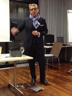 Thomas Skipwith Gestern um 13:30 ·  GSA Schweiz Event: die Charisma-Lüge war super. 16 Faktoren, die die Kommunikation verbessern. — mit Andreas Bornhäußer.