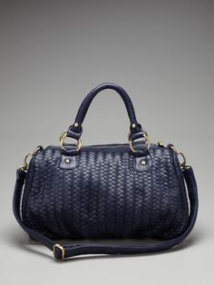 Deux Lux vegan leather handbag... I am in need of a black everyday handbag! This is perfect.