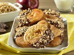 Receta de Buñuelos de Manzana Cubiertos de Chocolate y Granola