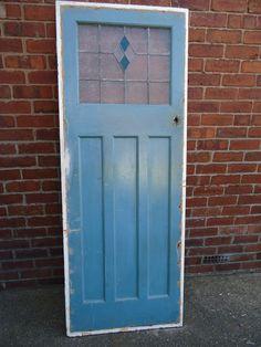 1930s ART DECO INTERNAL DOOR WITH ORIGINAL STAINED GLASS.DN22 Area Art Deco Door, Bungalow Kitchen, Stained Glass Patterns, Internal Doors, Front Doors, 1930s, Craftsman, Ranch, Living Room Decor