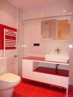 baños en rojo y blanco - Buscar con Google