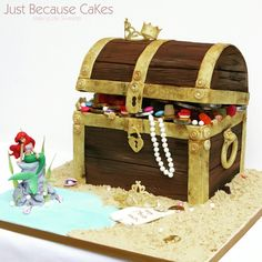 Ariel's Treasure Chest Cake Treasure Chest Cake, Just Cakes, Yummy Cakes, How To Make Cake, Decorative Boxes, Cooking, Sweet, Kitchen, Candy