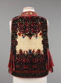 Czech (Moravian) ensemble via The Costume Institute of the Metropolitan Museum… Textiles, Welsh, Bohemian Costume, European Costumes, Vintage Outfits, Vintage Fashion, European Dress, Bohemian Blouses, Costume Institute